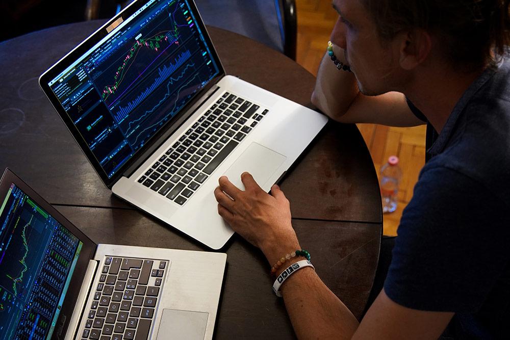finance-website-1